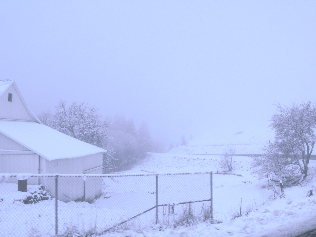 mosier, oregon in winter of 2012